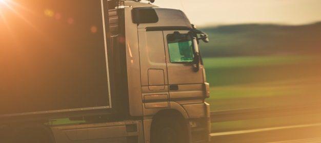 Transport by truck - Vervoer per truck of vrachtwagen